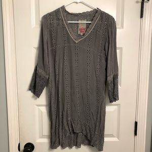 Johnny Was gray tunic top with eyelet embroidery